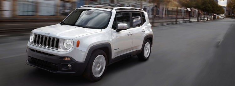 Jeep Renegade Youll Have To Pay Extra Money For 4wd But The Trailhawk Trim Comes In At 26845 It Features An Extra Inch Of Height