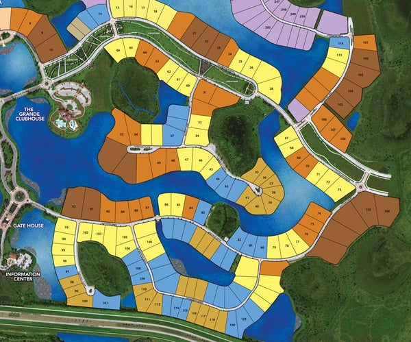 Custom Estate Homes at The Lake Club / Site Plan