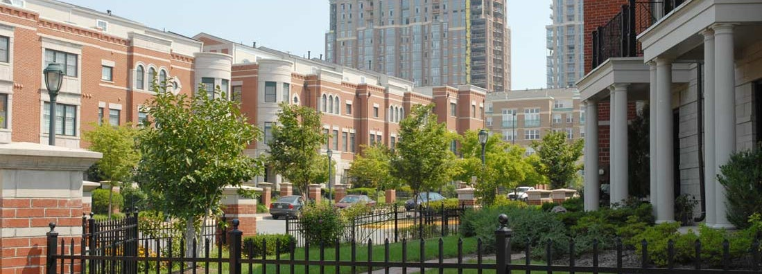 Town homes in the city. Find Virginia renters insurance.