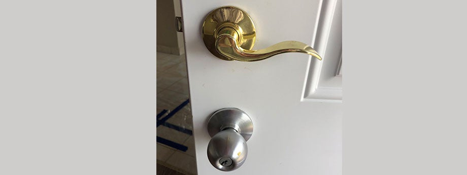 Construction mistake - two doorknobs.