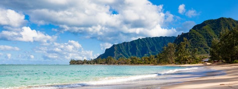 lonely beach at oahu island, hawaii
