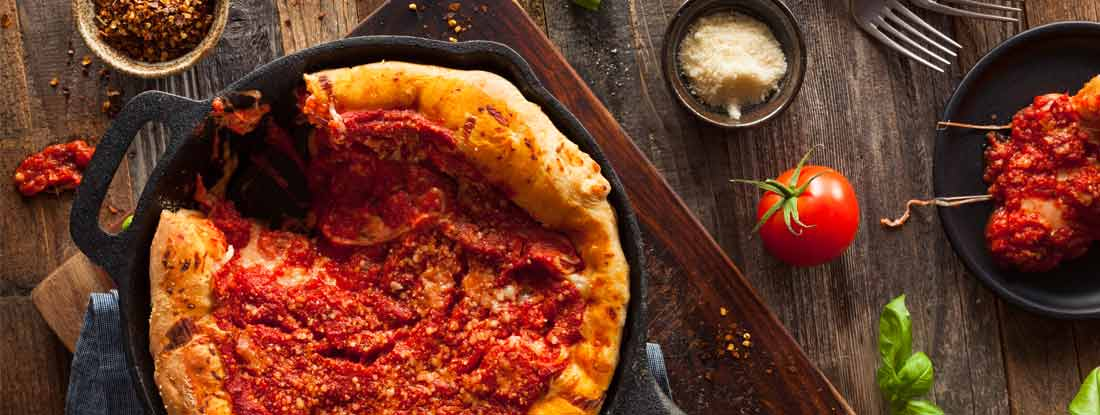 Deep Dish Skillet Chicago Pizza with Mozzarella