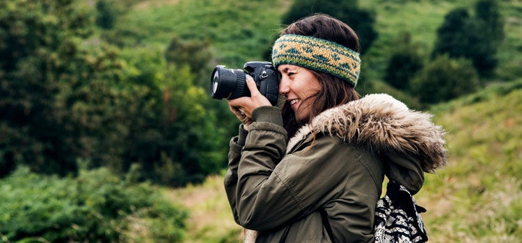 photographer woman in nature