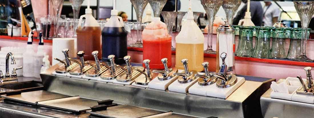 Retro 50's Soda Shop Bar