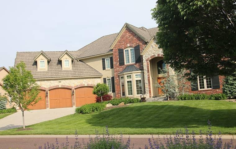 a fancy home in lakewood co