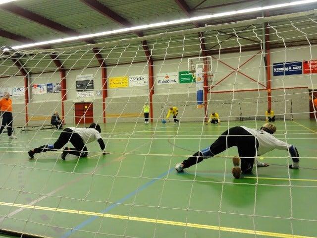 Goalballspelers in actie