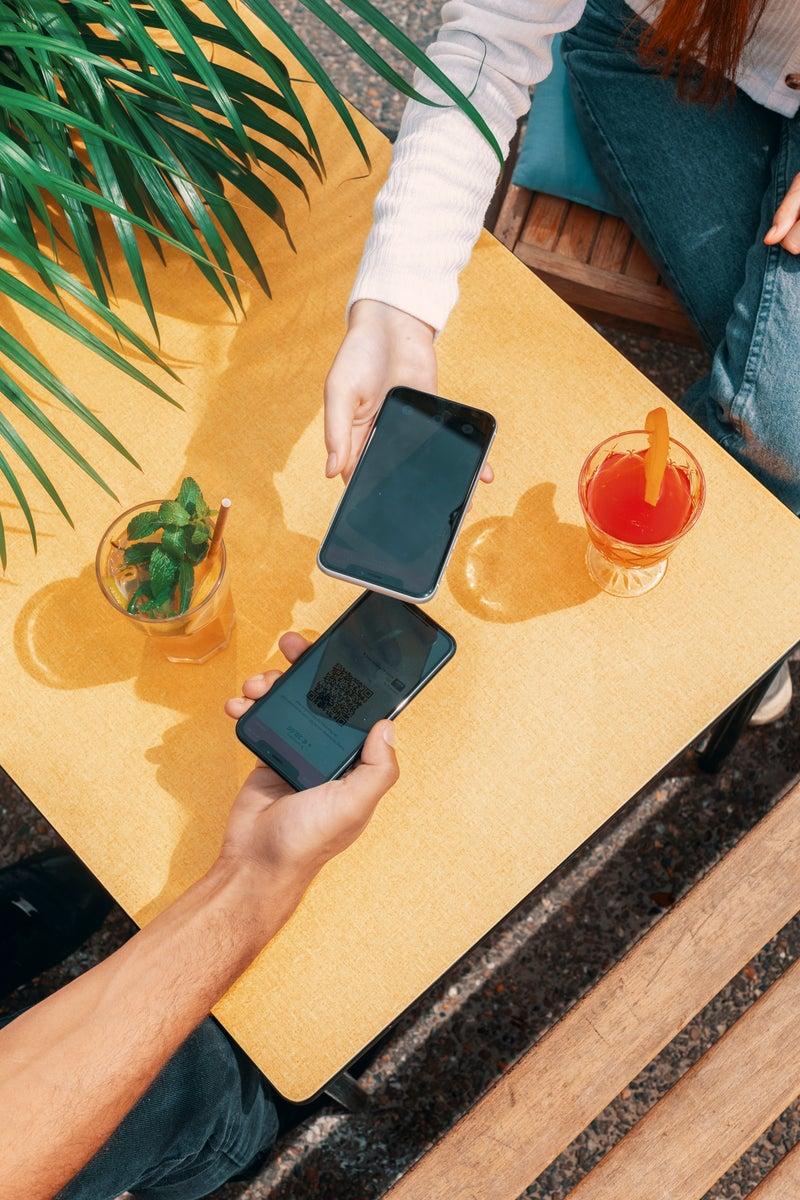 Payer avec l'appli : les possibilités pour un paiement en toute sécurité.