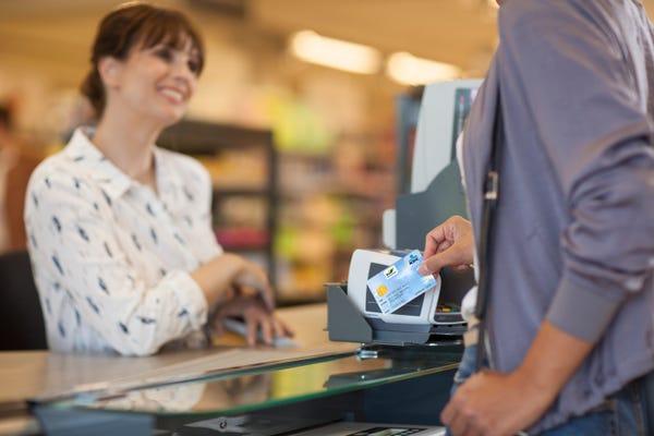 Pas de frais de transaction pour les commerçants pendant le Weekend du Client