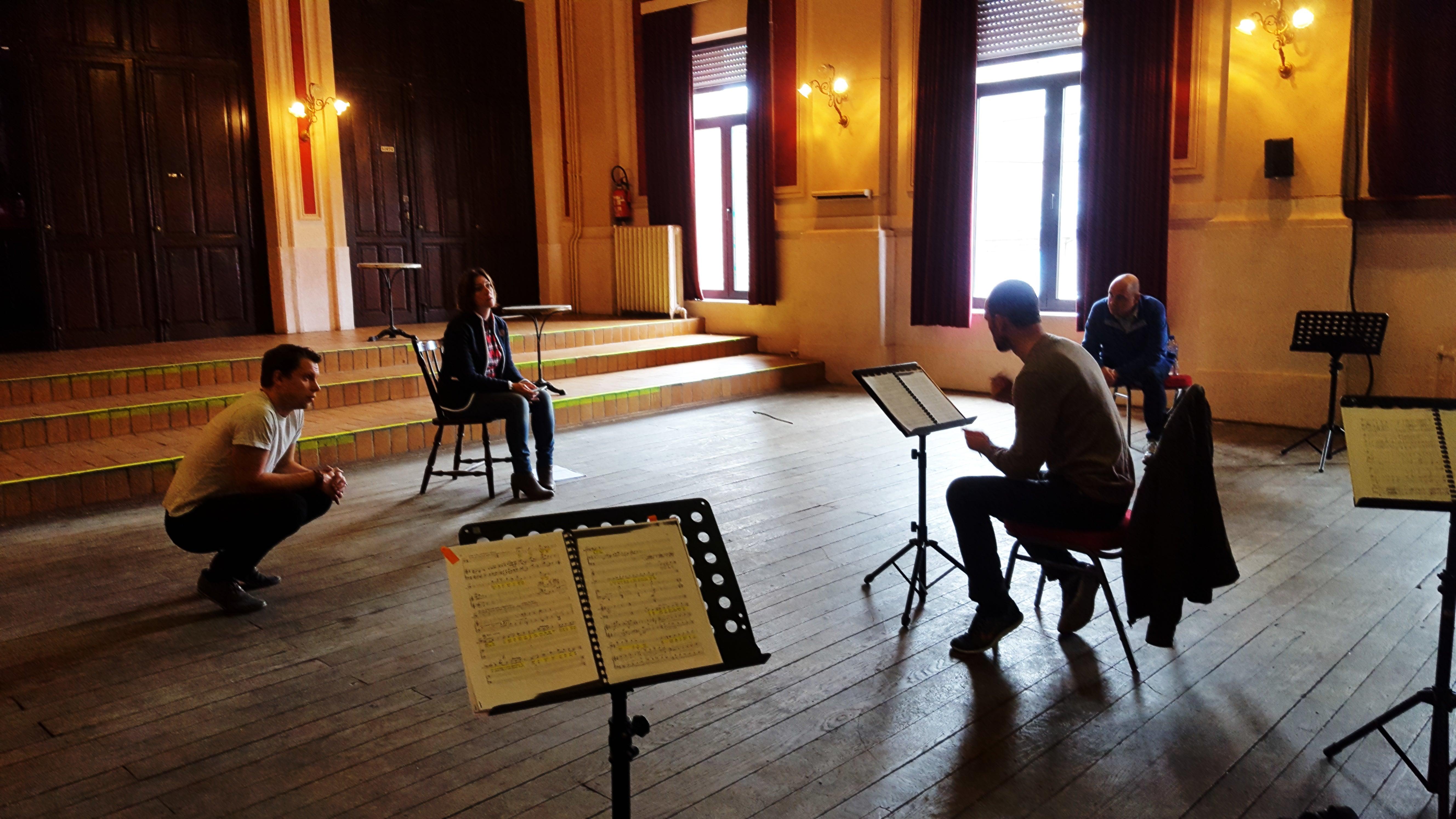 Work in progress in Tongeren. Agris Hartmanis, Lien Haegeman, Jorgen Cassier en Kurt Gysen