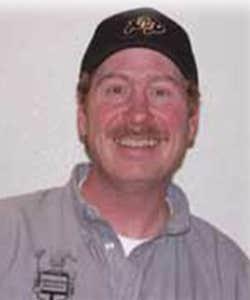 absolute pest control team member scott harris