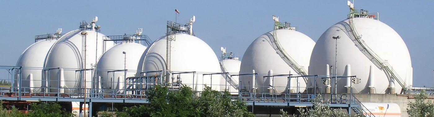 Anchorage design of steel spherical storage tanks, Canada