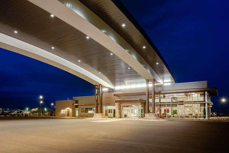 Přístřešek na letišti Rocky Mountain Metropolitan Airport
