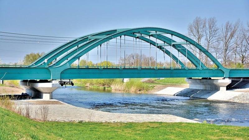 Případová studie:  Železniční most přes řeku Olši
