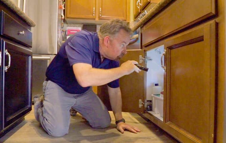 technician inspecting  a home in sacramento california