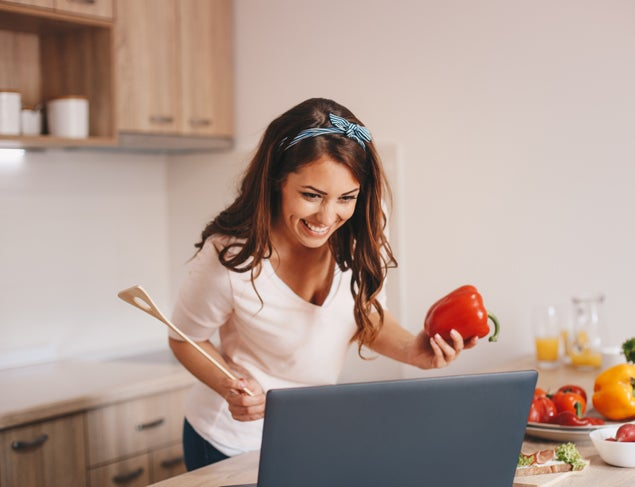 What does a dietitian do? And, how can they help you?