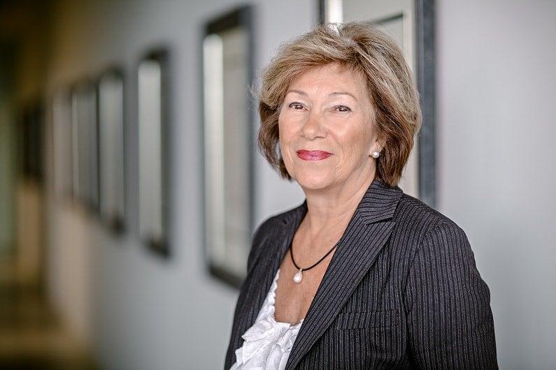 Profile photograph of Elda Bradford