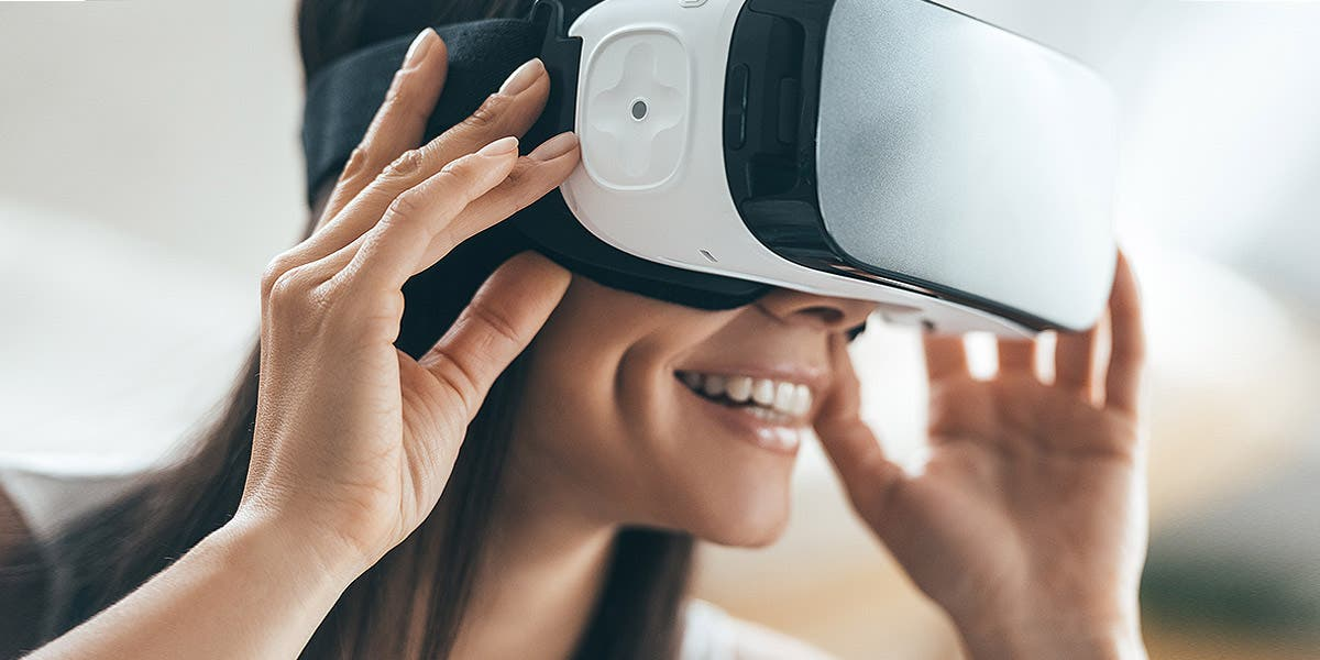 women with headset in a VR learning environment