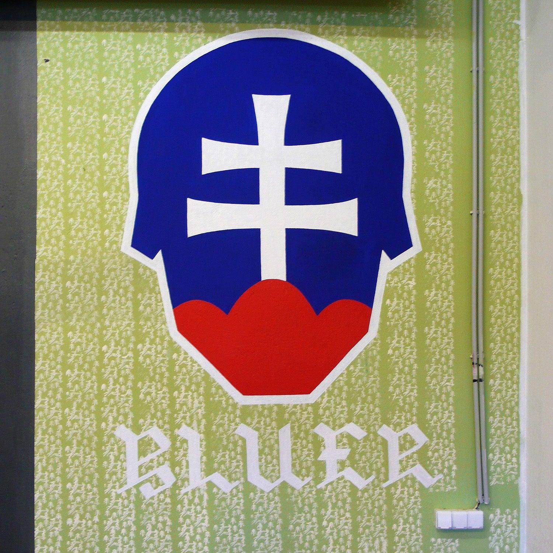 Bluer_05.jpg