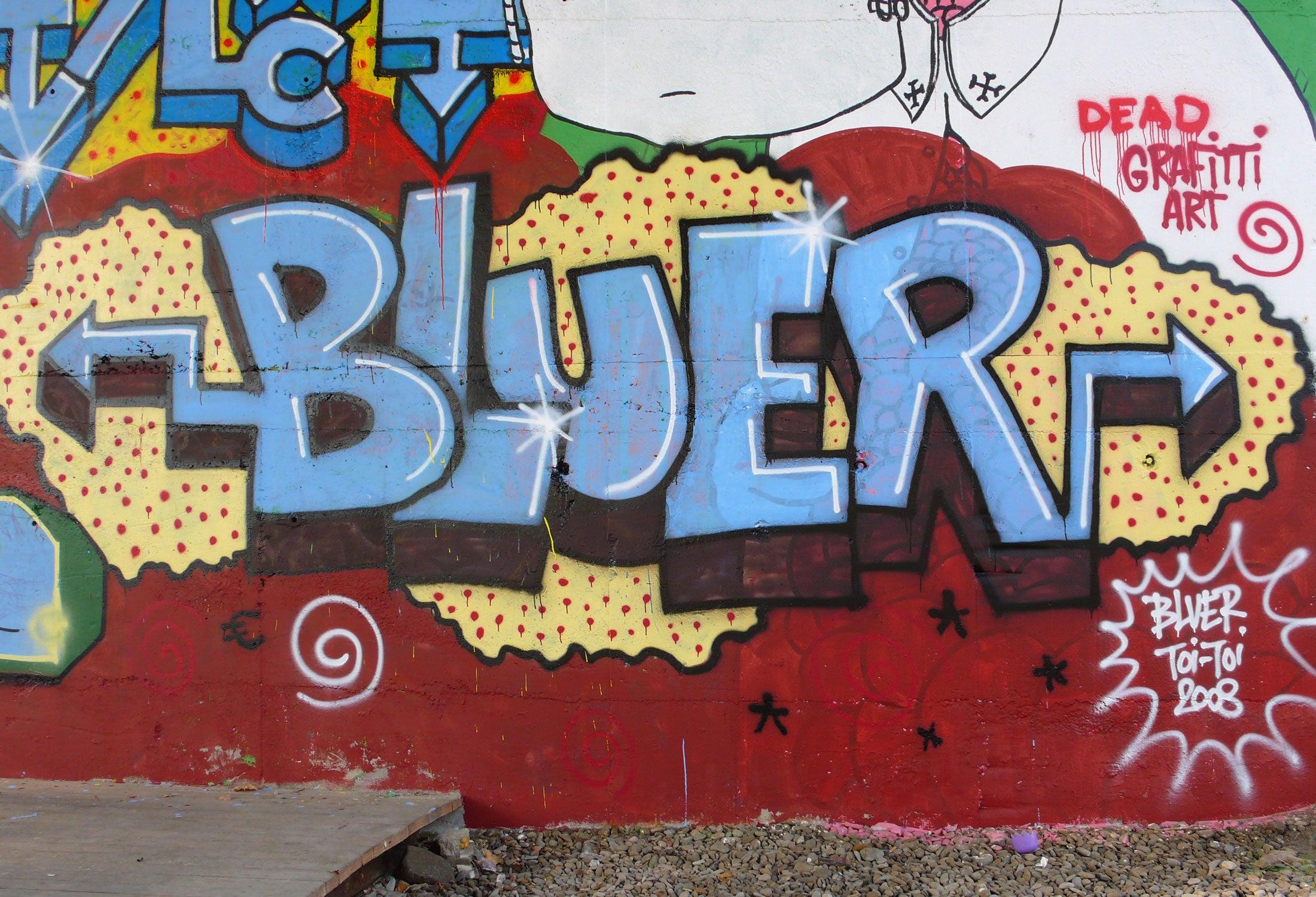 Bluer_19.jpg