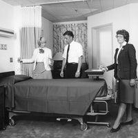 The Gulf Breeze Hospital opens.