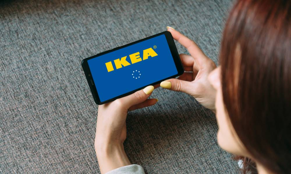 Young woman using IKEA app on her phone (1).jpg