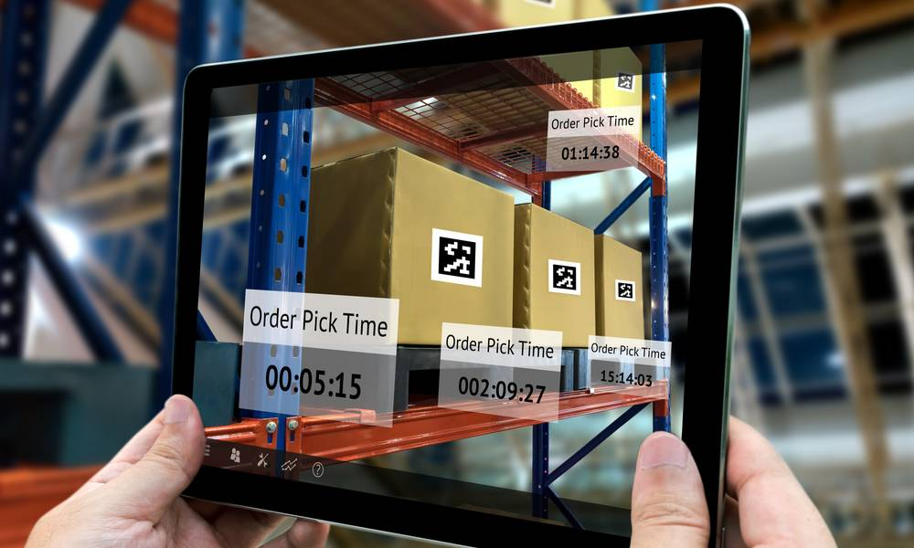 Augmented reality and smart logistics in a warehouse (1).jpg