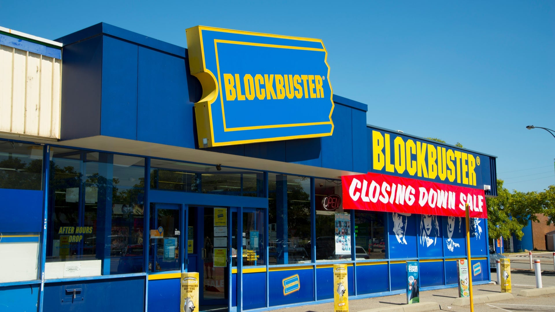 Blockbuster closing down-min.jpg