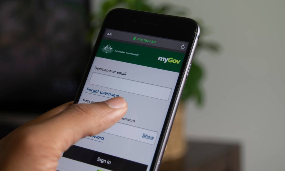 Person accessing Centrelink via the myGov Australia website app..jpg
