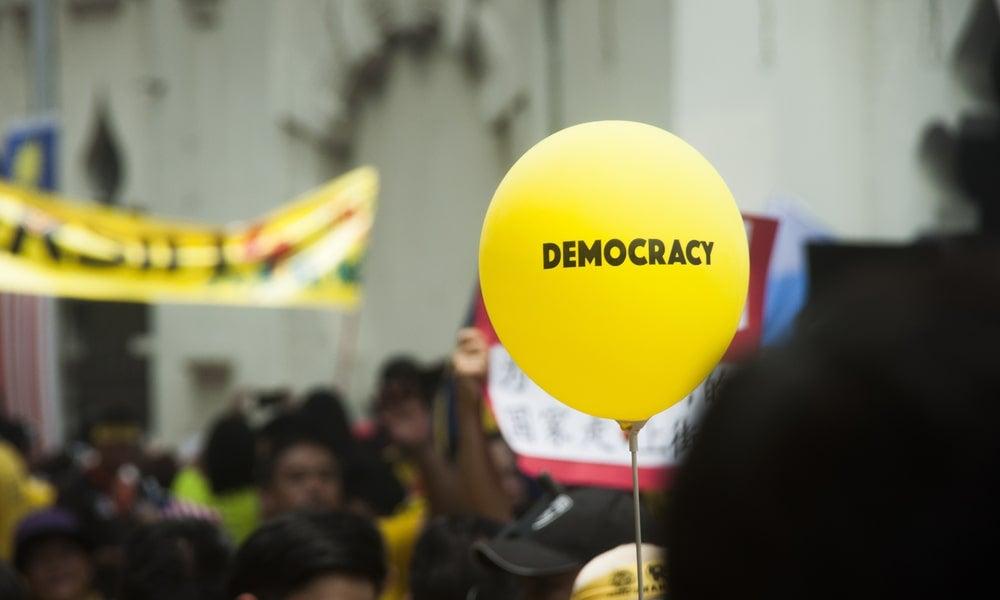 A Bersih 4 rally held in Kuala Lumpur City-min.jpg