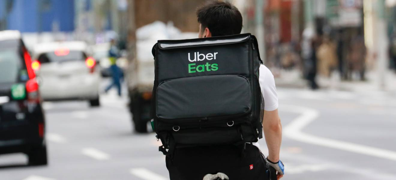 Why food delivery services need a regulation overhaul
