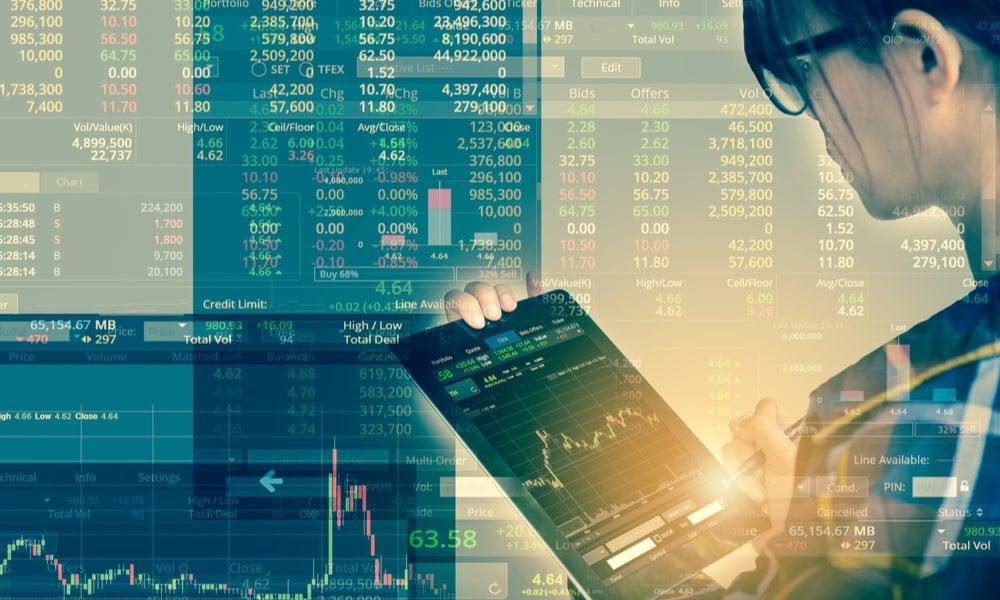Women trading investment investors trading-min.jpg
