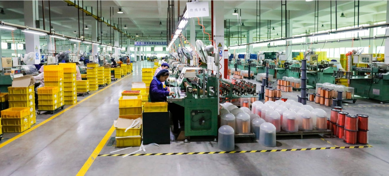 Managing global supply chain risks effectively: how outsourcing affects voluntary disclosures