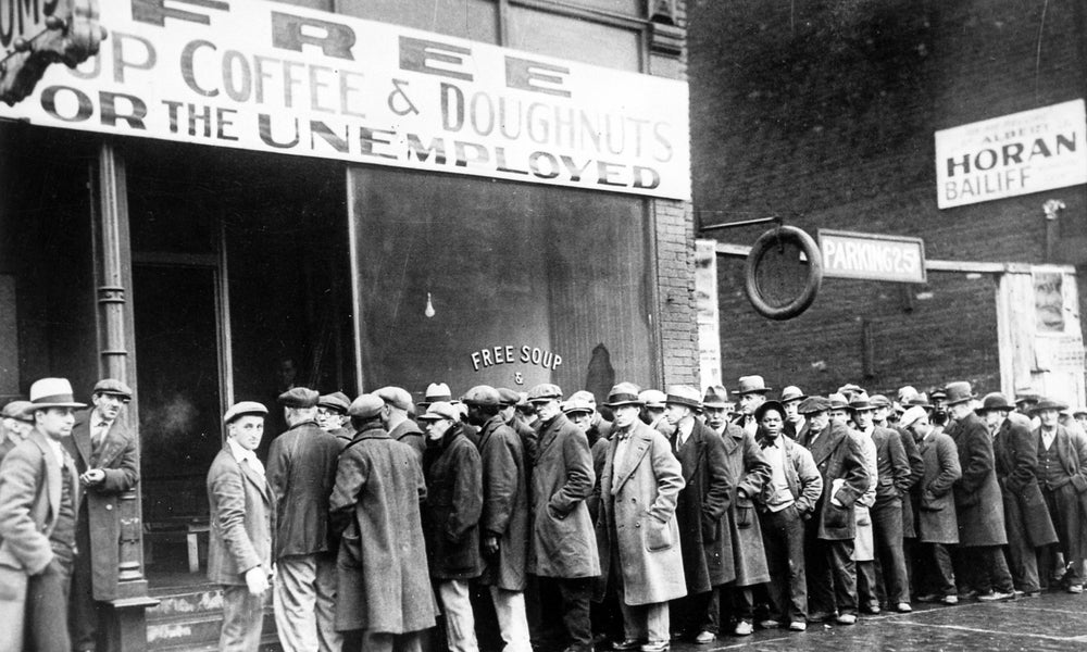 Great Depression unemployed men outside line for soup kitchen-min.jpg