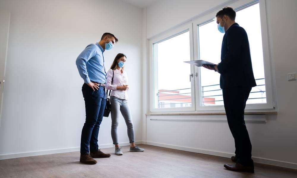 Couple inspect an apartment.jpeg