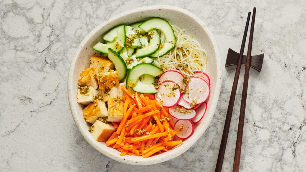 Simple Veggie Noodle Bowl