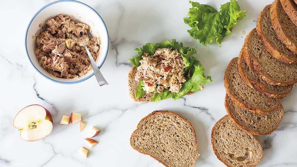 Sandwich au thon et aux pommes