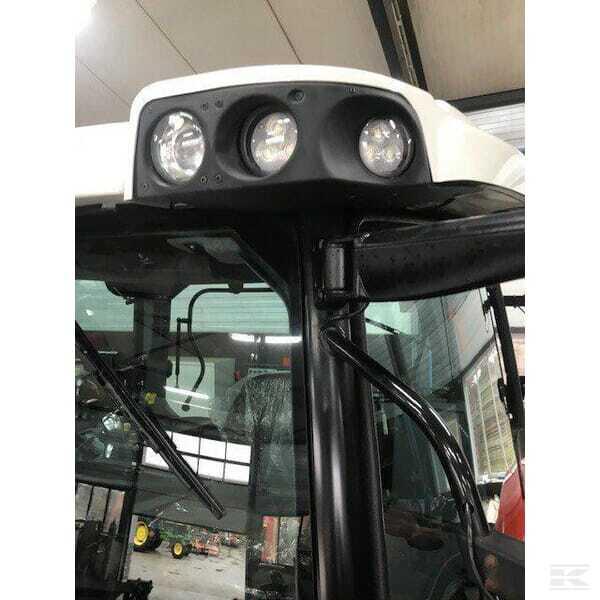 Neuer LED-Arbeitsscheinwerfer mit weitreichender Bodenausleuchtung