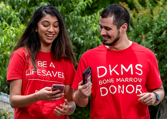dkms couple with mobile phone