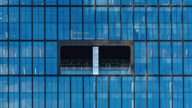 Close-up of 55 Hudson Yards' extrusions and windows, the first skyscraper in the US to be finished with powder coatings