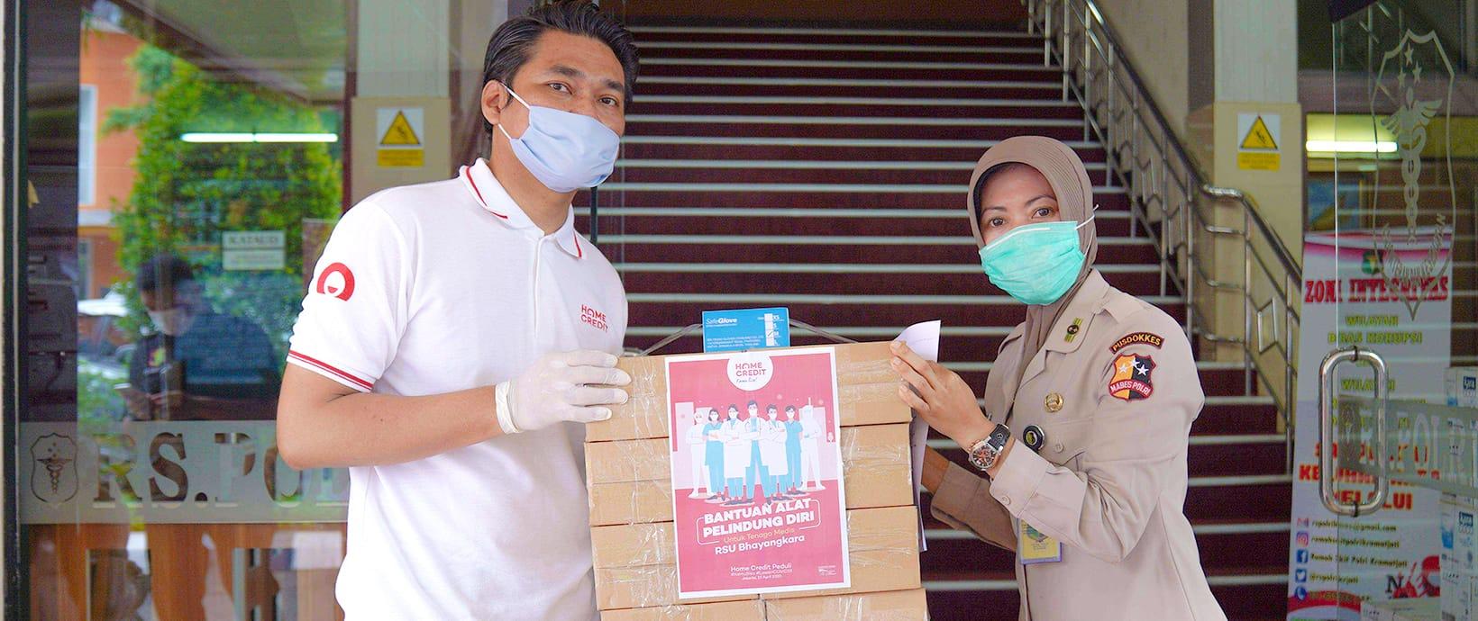 Home Credit Indonesia Turut Berperan #LawanCOVID19