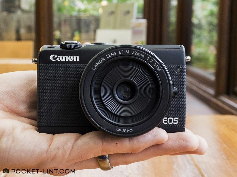 Kamera Canon EOS M100 Kit 15 45 mm 22 mm