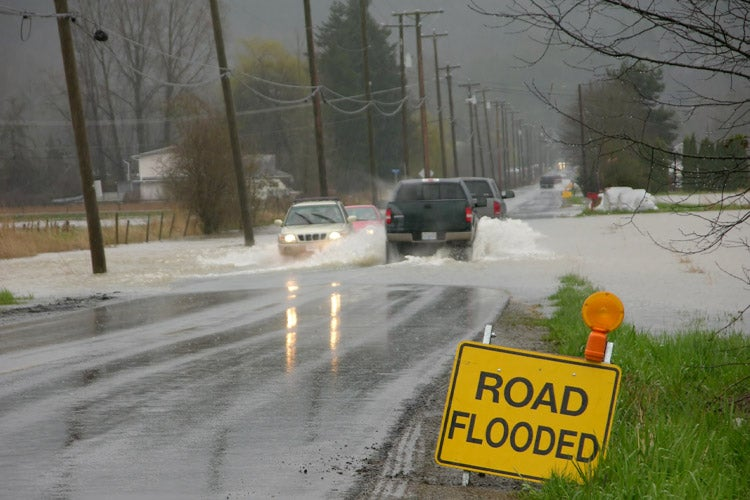 Does Car Insurance Cover Flood Damage in Florida