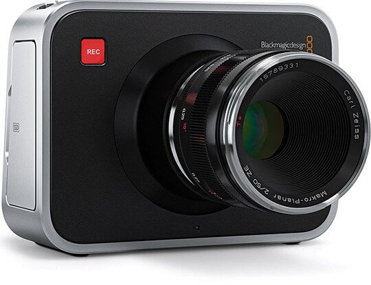 black-magic-cinema-camera-7