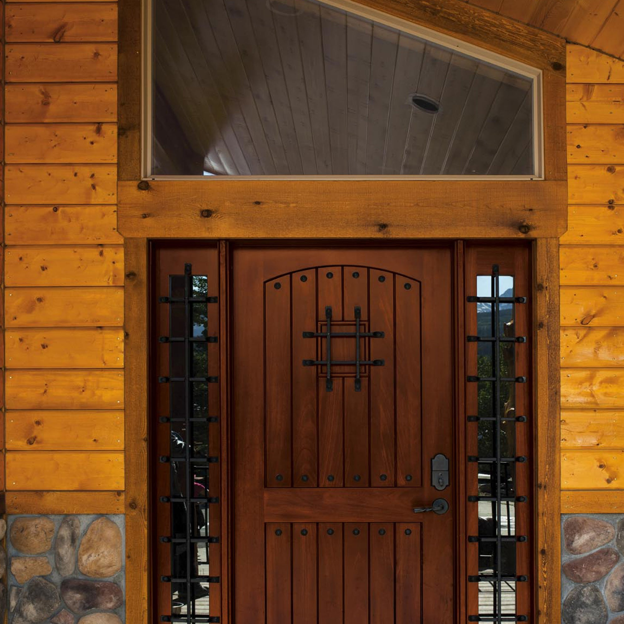 PROLUXE<sup>®</sup> Door & Window Wood Finish Beauty Shot