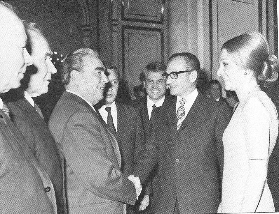 Muhammad Rezá Pahlaví akrálovna Farah sLeonidem Brežněvem, 1970.