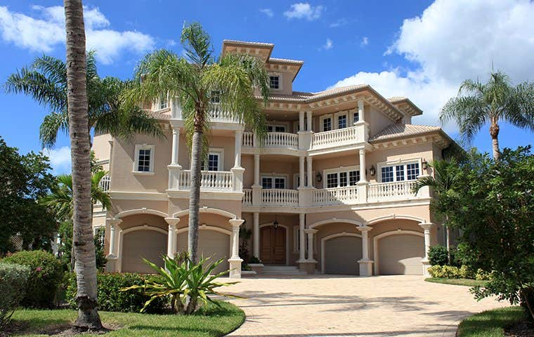 a big house in florida
