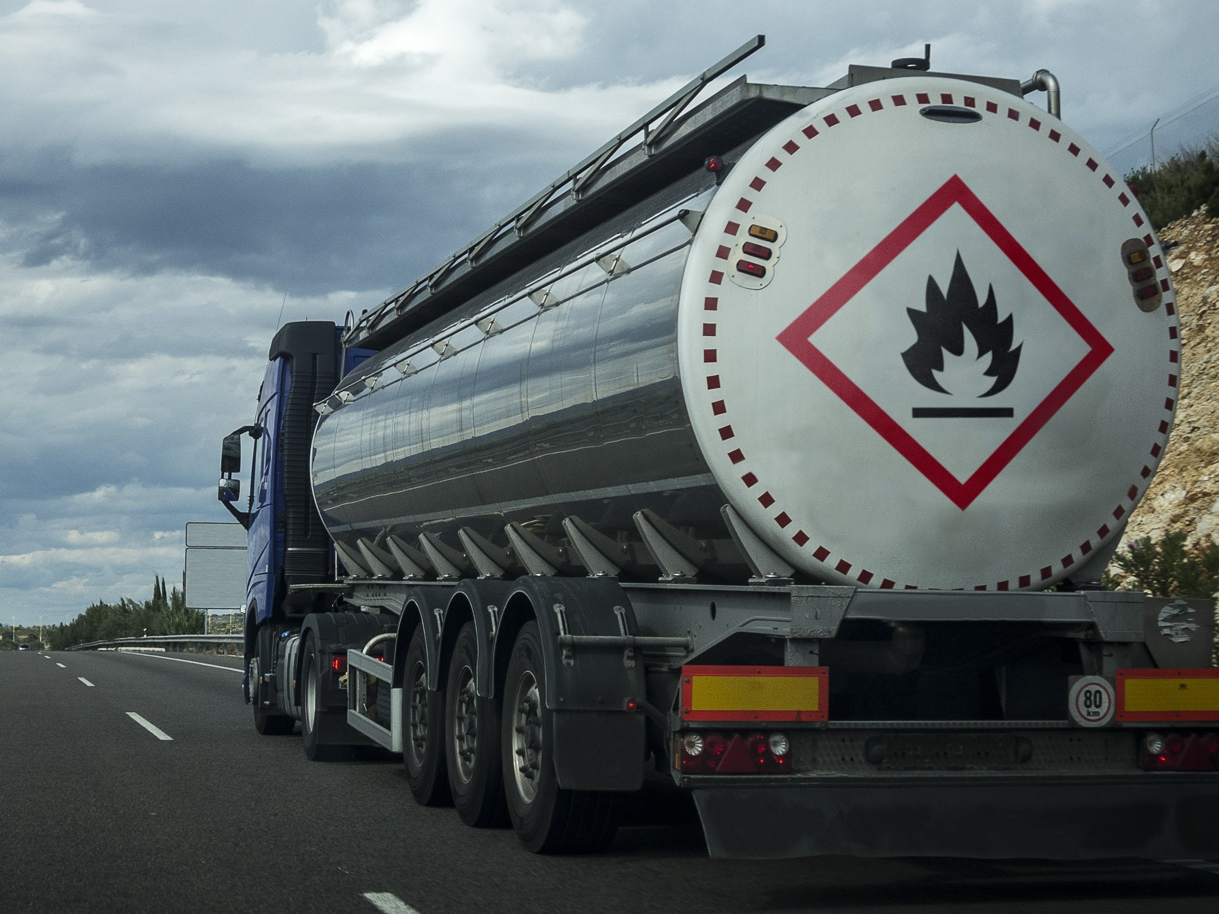 Dangerous goods in the transport supply chain