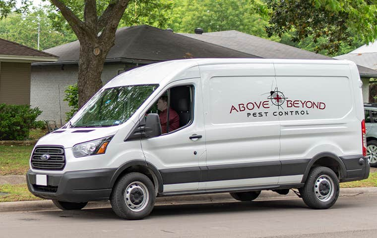 a company van pulling up to a house in lake worth florida